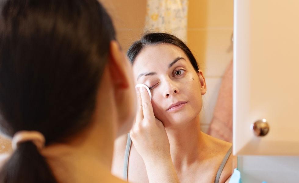 Elegir el desmaquillante ideal para los ojos