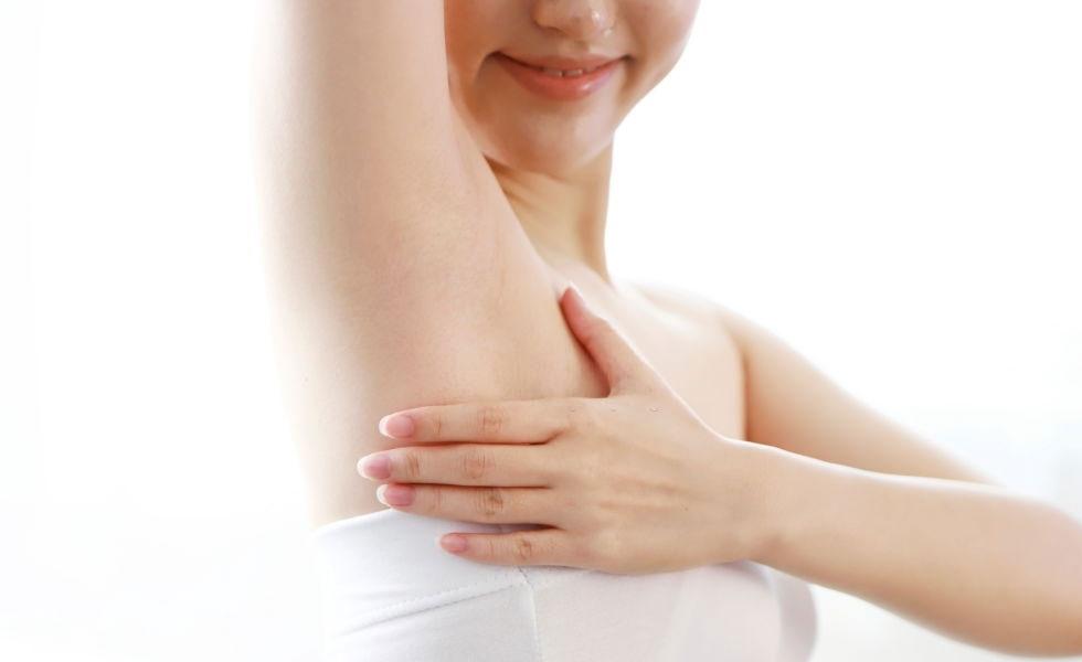 Si uso desodorante, ¿por qué sigue el mal olor