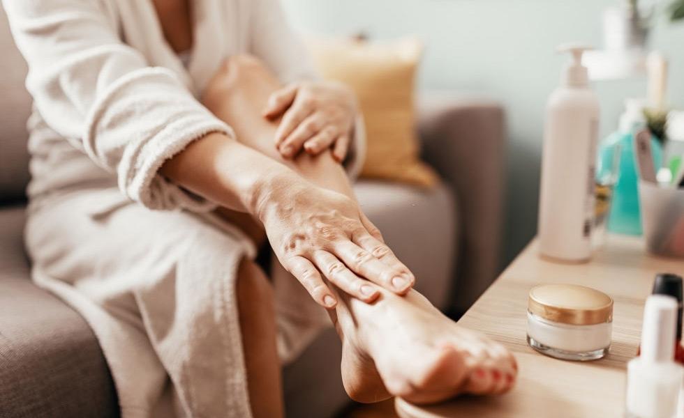 Cómo se aplican las cremas para pies